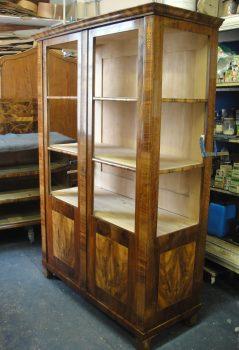 Biedermeier Kasten - Restaurierung alter Möbel